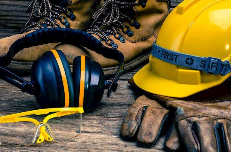 استانداردهای PPE یا تجهیزات ایمنی | آتش مهاران نوین آریا
